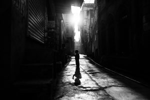 alley-architecture-black-and-white-2560484